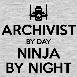 archivist day ninja by night - Men's T-Shirt