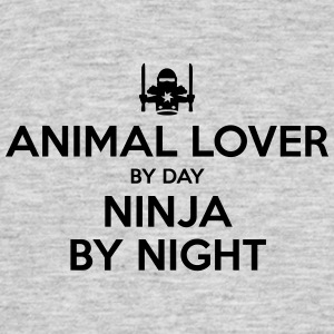 animal lover day ninja by night - Men's T-Shirt