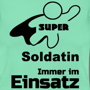 Super Soldatin T-Shirts - Frauen T-Shirt