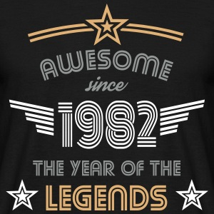 Awesome since 1982 T-Shirts - Männer T-Shirt