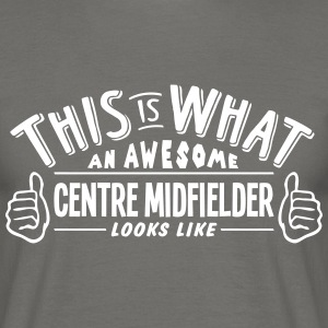 awesome centre midfielder looks like pro - Men's T-Shirt