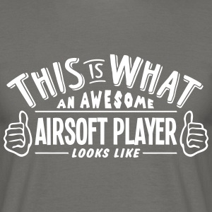 awesome airsoft player looks like pro de - Men's T-Shirt