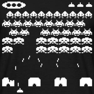 70s and 80s invaders video game - men's tee - Men's T-Shirt