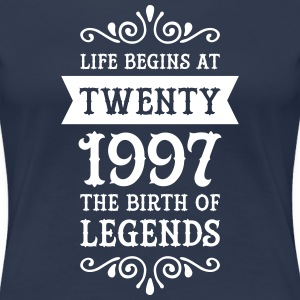 Life Begins At Twenty - The Birth Of Legends T-Shirts - Frauen Premium T-Shirt
