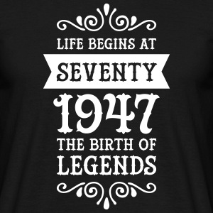 Birthday Life Begins At Seventy | Birth Of Legends T-Shirts - Männer T-Shirt