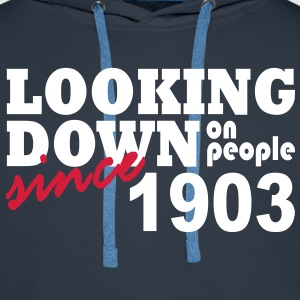 looking down on people - Mannen Premium hoodie