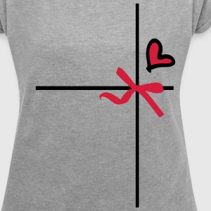 gift wrap heart  Women's T-shirt with rolled up  - Women's T-shirt with rolled up sleeves
