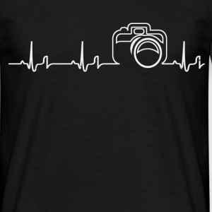 Heartbeat - camera T-Shirts - Men's T-Shirt