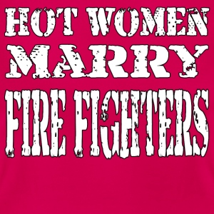 Hot Women Firefighter - Women's T-Shirt