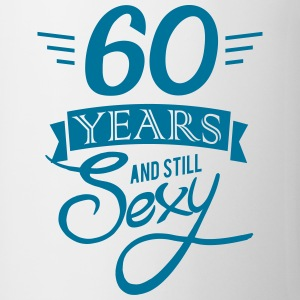 60 years and still sexy Bouteilles et Tasses - Tasse