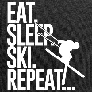 Eat. Sleep. Ski. Repeat... Caps & Mützen - Jersey-Beanie