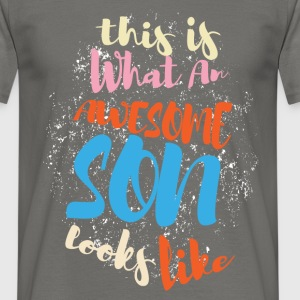 This is what an awesome son looks like - Men's T-Shirt