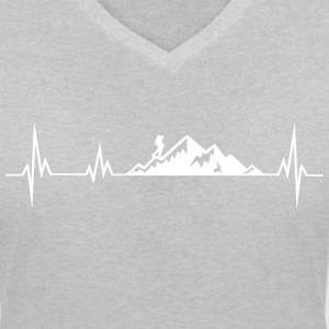 Heartbeat mountains wadnerer T-Shirts - Women's V-Neck T-Shirt