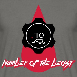 710 oil the number of the beast T-Shirts - Männer T-Shirt