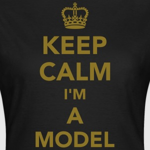 Model T-Shirts - Frauen T-Shirt