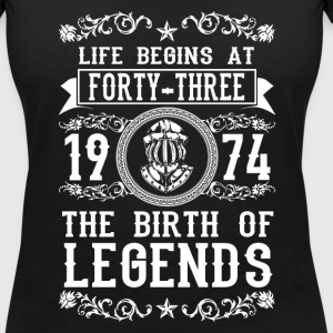 1974 - 43 years - Legends - 2017 Camisetas - Camiseta con escote en pico mujer