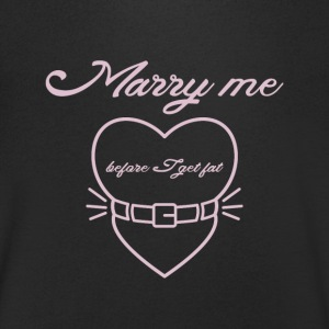 Marry me before I get fat T-skjorter - T-skjorte med V-utsnitt for menn
