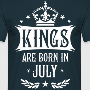 Kings are born in July Krone King Star T-Shirt - Männer T-Shirt