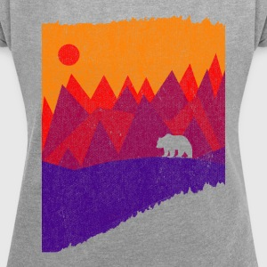 Hear the mountains' call - Women's T-shirt with rolled up sleeves