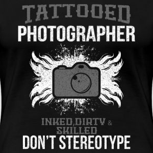 FOTOGRAF TATTOO TATTOED PHOTOGRAPHER T-Shirts - Frauen Premium T-Shirt