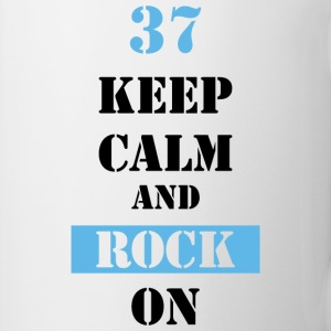 37 Keep calm and rock on Tassen & Zubehör - Tasse