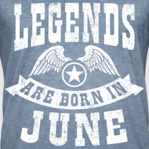 Legend Are Born in June T-Shirts - Männer Vintage T-Shirt