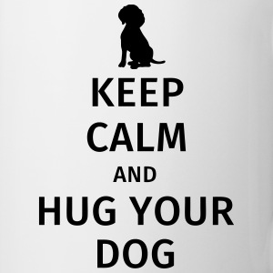 Keep Calm and Hug Your Dog Bouteilles et Tasses - Tasse