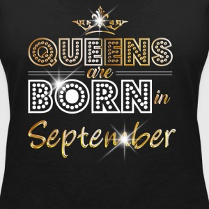 September - Queen - Birthday - 2 T-shirts - Vrouwen T-shirt met V-hals