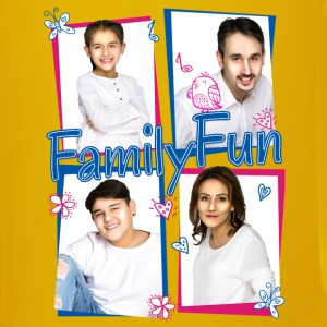 Family Fun Miley Cihan Robert Aynur Namen - Tasse einfarbig