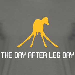 The Day After Leg Day - Männer T-Shirt