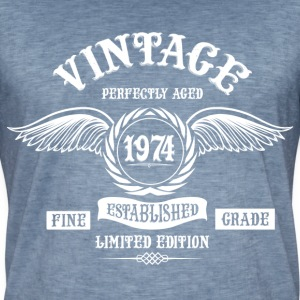 Vintage Perfectly Aged 1974 T-Shirts - Men's Vintage T-Shirt