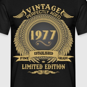 Vintage Perfectly Aged 1977 Limited Edition T-Shirts - Men's T-Shirt