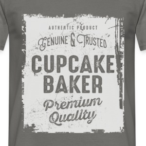 Cupcake Baker - Men's T-Shirt