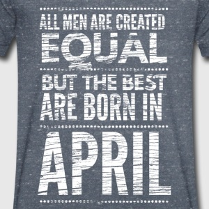 April verjaardag shirt design T-shirts - Mannen T-shirt met V-hals