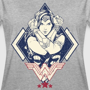 Bros Wonder Woman Crossed Arms Pose - Oversize T-skjorte for kvinner