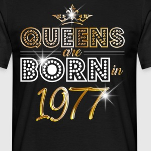 1977 - Birthday - Queen - Gold - EN T-shirts - Mannen T-shirt