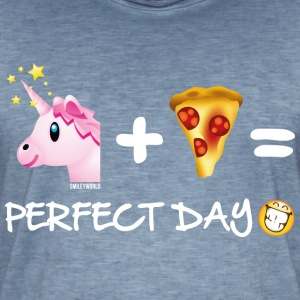 SmileyWorld Unicorn Plus Pizza = Perfect Day - Men's Vintage T-Shirt