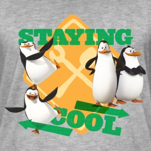 Penguins Of Madagascar Stay Cool - Men's Vintage T-Shirt