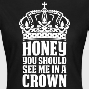 In A Crown T-Shirts - Women's T-Shirt