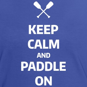 keep calm and paddle on Wassersport Kanu Kajak T-shirts - Vrouwen contrastshirt