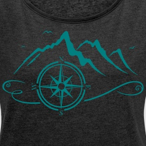 Mountains with compass  - Women's T-shirt with rolled up sleeves