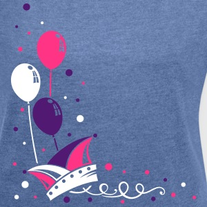 Carnival hat with balloons, streamer and confetti. - Women's T-shirt with rolled up sleeves