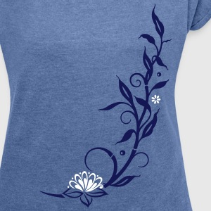 Bamboo with small blossoms and lotus flower. - Women's T-shirt with rolled up sleeves