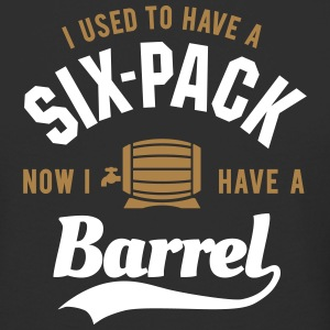I used to have a six-pack now I have a barrel T-skjorter - Urban lang T-skjorte for menn