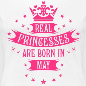 05 Real Princesses are born in May Princess T-Shir - Frauen Premium T-Shirt