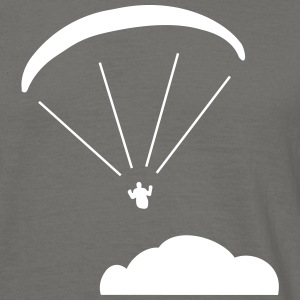 Above the clouds. - Männer T-Shirt