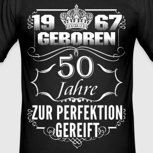 1967-50 years perfection - 2017 - DE T-Shirts - Men's Slim Fit T-Shirt