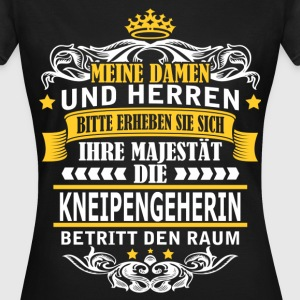 KNEIPENGEHERIN T-Shirts - Frauen T-Shirt