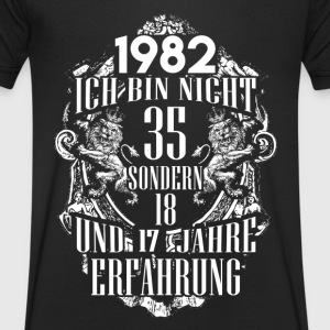 1982 – 35 years experience - 2017 - DE T-Shirts - Men's V-Neck T-Shirt