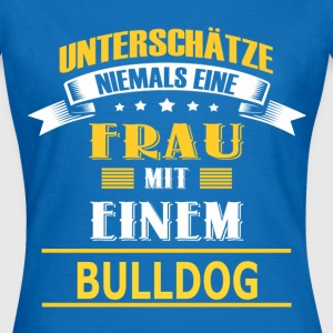 BULLDOG T-Shirts - Frauen T-Shirt